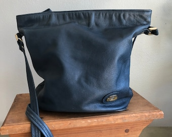 e9315223537ae Navy blue bucket bag | Etsy