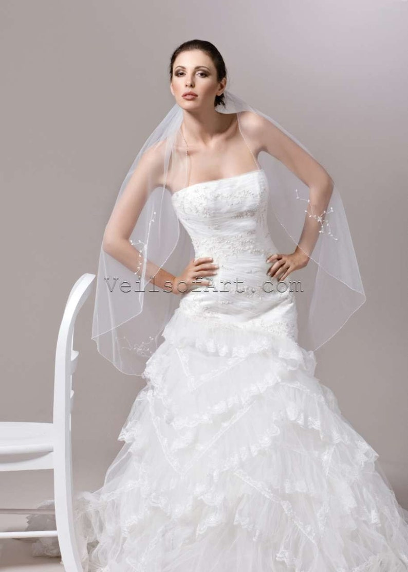 NWT 1T Fingertip Bridal Wedding Veil Beaded Edge VE168 image 0