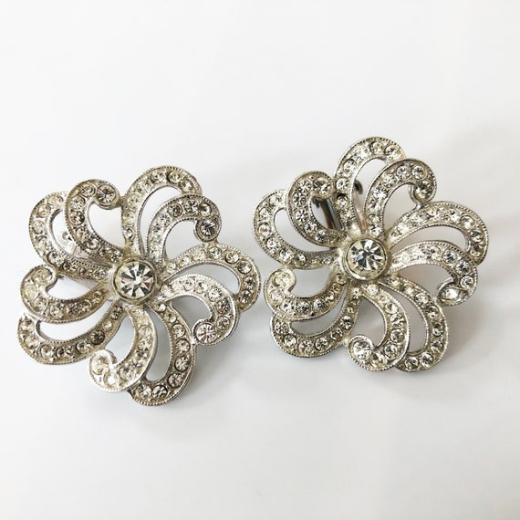 Clear Rhinestone Screw Back Earrings Dangle Drop Bridal  Silver Tone Vintage Jewelry Red Faceted 1950s Designer Costume Jewelry