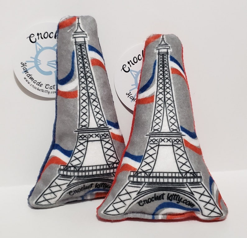 Catnip Eiffel Tower cat kicker toy image 0