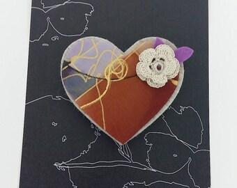 Heart brooch. Bridesmaids gift. Wedding detail. Heart brooch whith flower Crochet