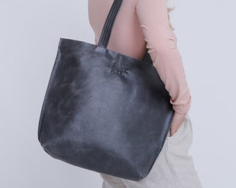 Gray leather bag  fc8344ab73ce2