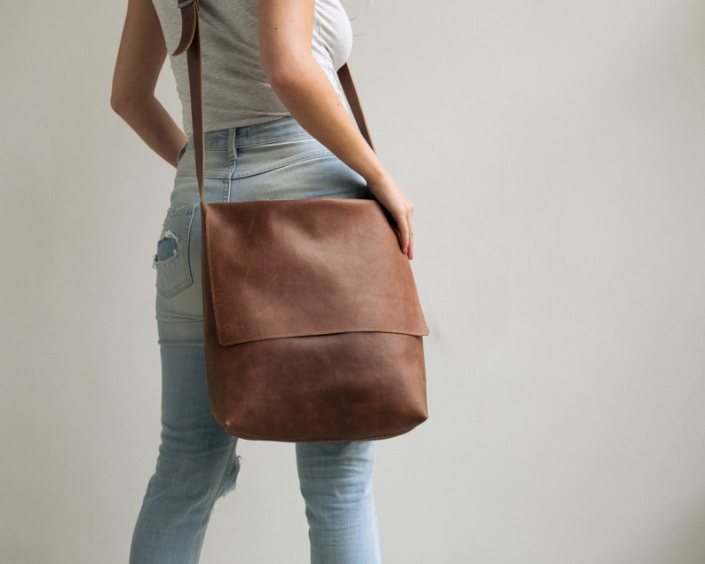 Leather Messenger Bag Womens Satchel Leather Cross Body image 0