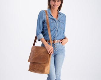 Brown Leather Crossbody Bag, Messenger Bag, Laptop Bag Women, Satchel Purse, School Bag, Handbag Crossbody, Personalized Bag, Travel Bag