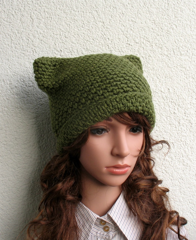 ae87c825e91 Women s winter pussy hat 100% natural wool ECO Girls