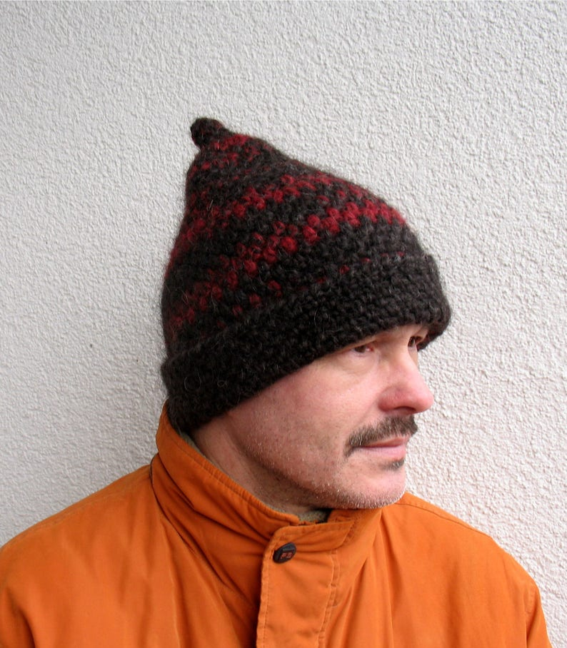 Mens winter hat 100% natural icelandic wool ECO red and black  34bea2303842