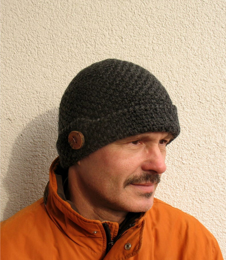 Mens winter hat 100% natural wool ECO chunky skull black hat  a8d0ec1f36df