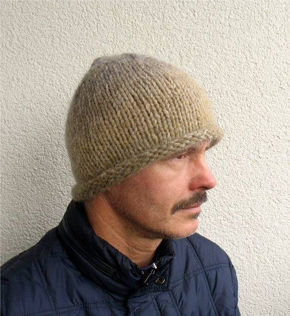 Mens winter hat 100% natural icelandic wool and sheep wool  d21e2ce1890
