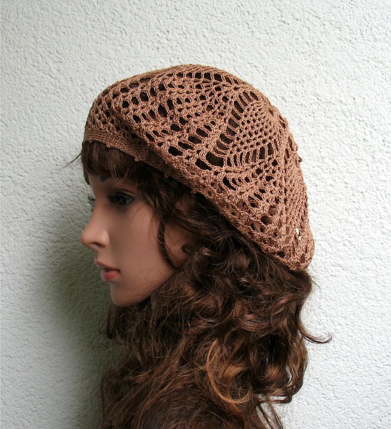 4ce055a5fa0 Boina de luz Brown algodón de mujer verano Crochet boina