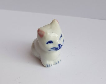 30/%CLEARANCE SAE Vintage Midwest Of Cannon Falls Miniature Cat On Pillow Hinged Box 2.75X Rare Find Pics Never Used And Cat Lovers Gift