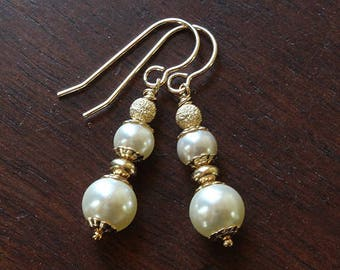 Gold and pearl earrings swarovski pearl earrings drop earrings dangle earrings wedding earrings wedding jewelry elegant earrings white pearl