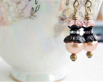 Blush Peach Pearl Earrings Peach Blossom Earrings Rose Peach Swarovski Crystal Earrings Wedding Jewelry Small Romantic Vintage Style Dangles