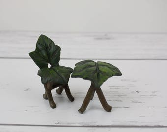 Fairy Garden Miniature Leaf Chair and Table Set of 2