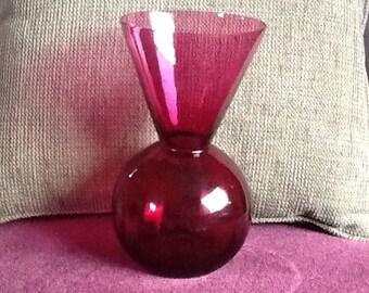 Vase en verre canneberge-couleur