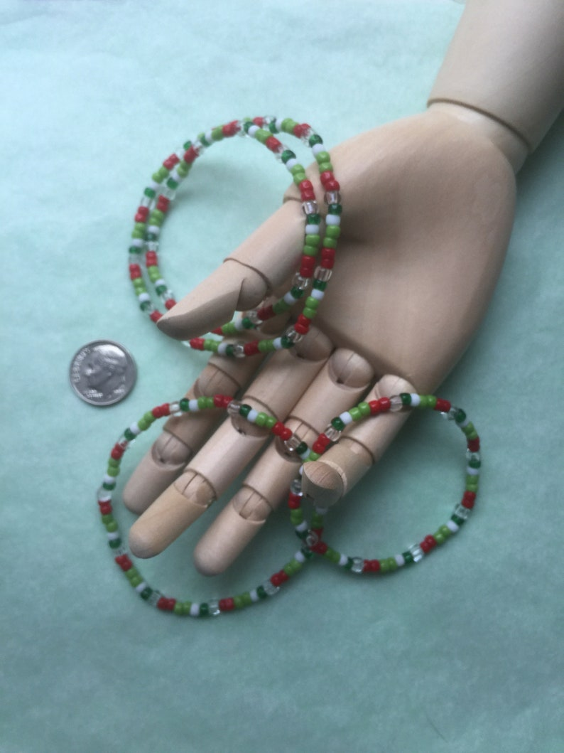 Christmas Colour Stretchie White /& Clear seedbeads Br-93 Bracelet with Red Free Shipping. Choose sizelength Green Drap\u00e5jularmband