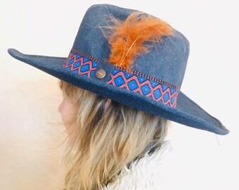 365925f378221 Vintage 70s Levi s Denim Cowboy Hat Navajo Americana