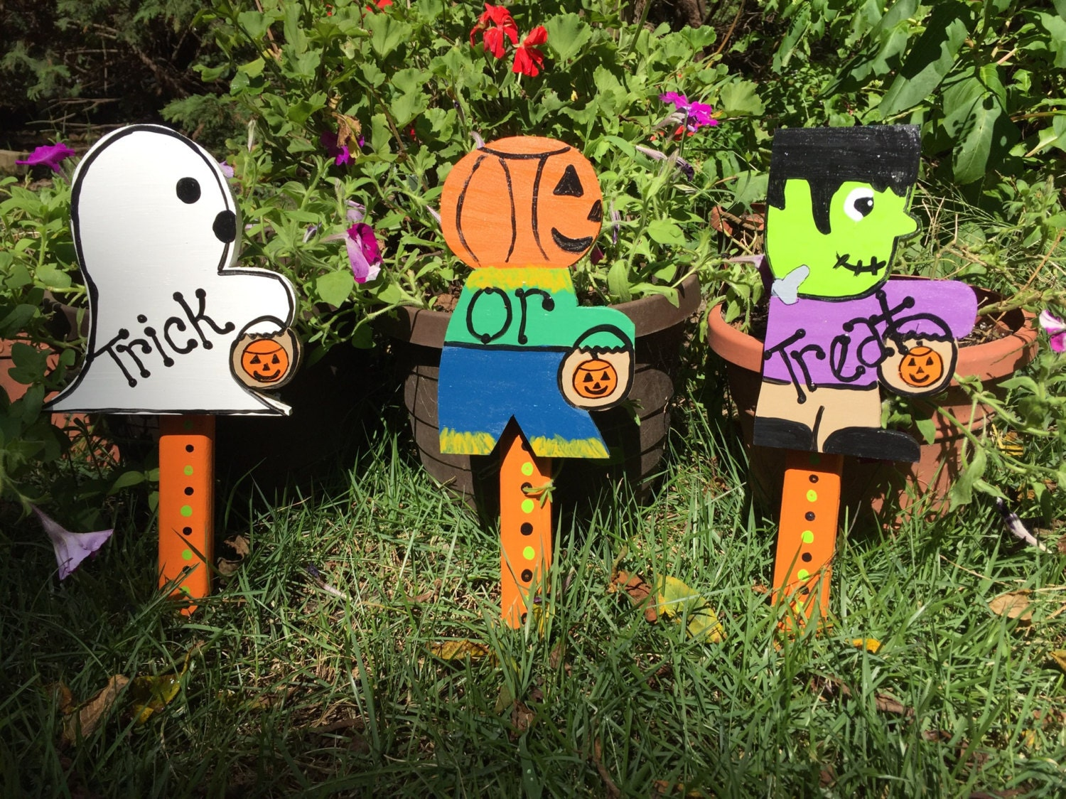 Halloween Yard Stakes.Set Of Three Halloween Yard Stakes Lawn Ornaments Signs