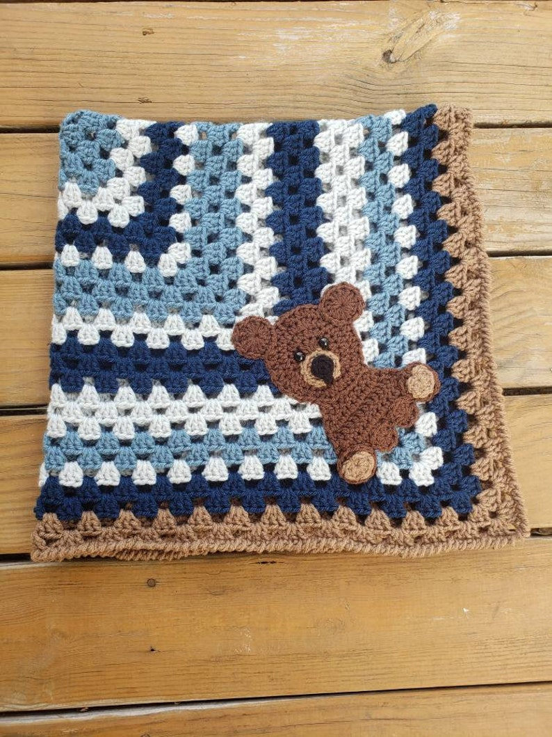 Bear - Themed Baby Blankets - Pattern Center | 1059x794
