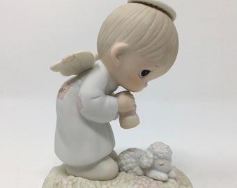Family Circus by Bill Keane PJ new in box I Need A Hug Statue-Bisque,3 inches