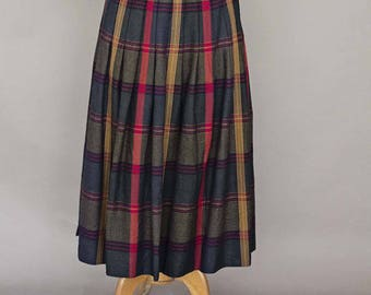 Long Vintage Pleated Tartan Wool Skirt