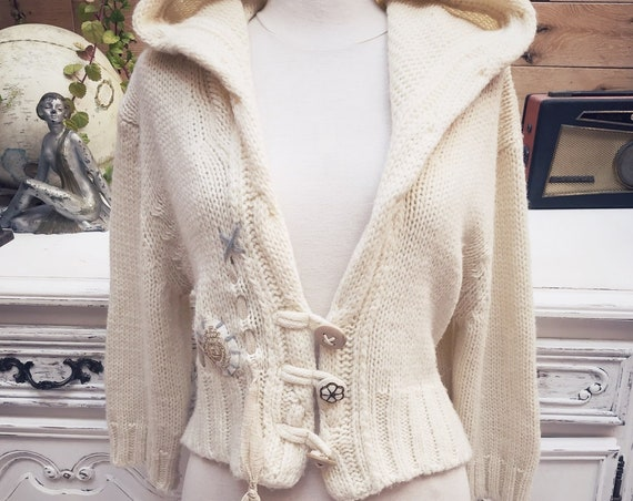 Short Wool Sweater with Hoodie Size Medium