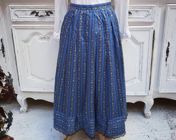 Vintage Maxi Blue Skirt Size 40/Medium