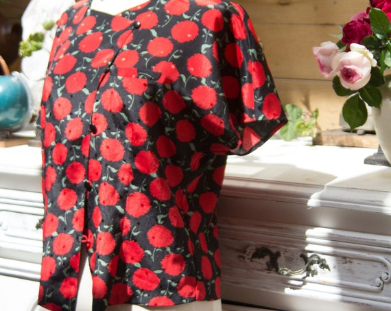 Vintage Red Flower Blouse Size Medium