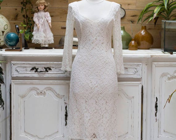 Classic 1970's Vintage Wedding Lace Dress Size Small