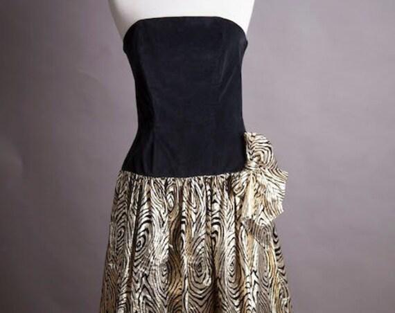 Vintage Gold 1980's Dress Size Medium/Large
