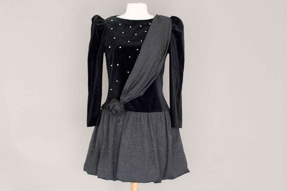 Vintage Black Velvet Mini Prom Dress