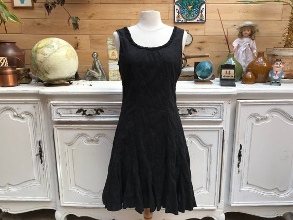 Vintage Black Cotton Dress with Flowers Size 40/Medium