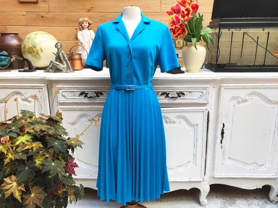 Vintage 1970 Sky Blue Pleated Dress