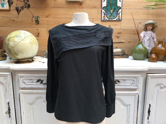 Vintage Black Blouse with Large Collar Size Large