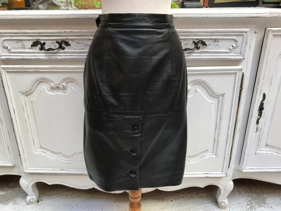 Vintage Black Leather Skirt with Buttons Size Medium