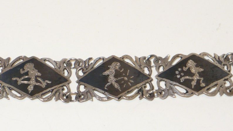 Vintage Siam Sterling Niello bracelet and matching clip earrings circa 1950/'s.