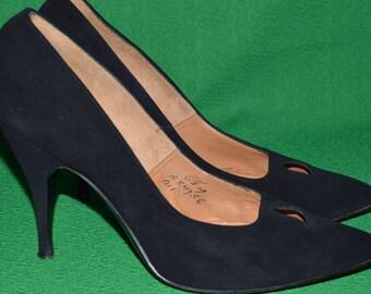 39062cabc18a5 Shoes Black suede ANDREW GELLER 1950s