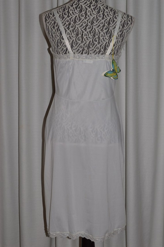 Vintage White Lingerie Underwear Slip 1970s - image 3