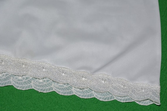 Vintage White Lingerie Underwear Slip 1970s - image 5