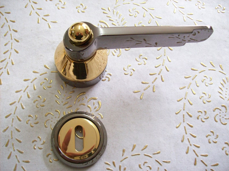 Vintage Italy handle in polished brass gold 24 kt Italian Designer.Art.1008 and gold black 14 kt Black Pearl and Gold 24 kt high quality