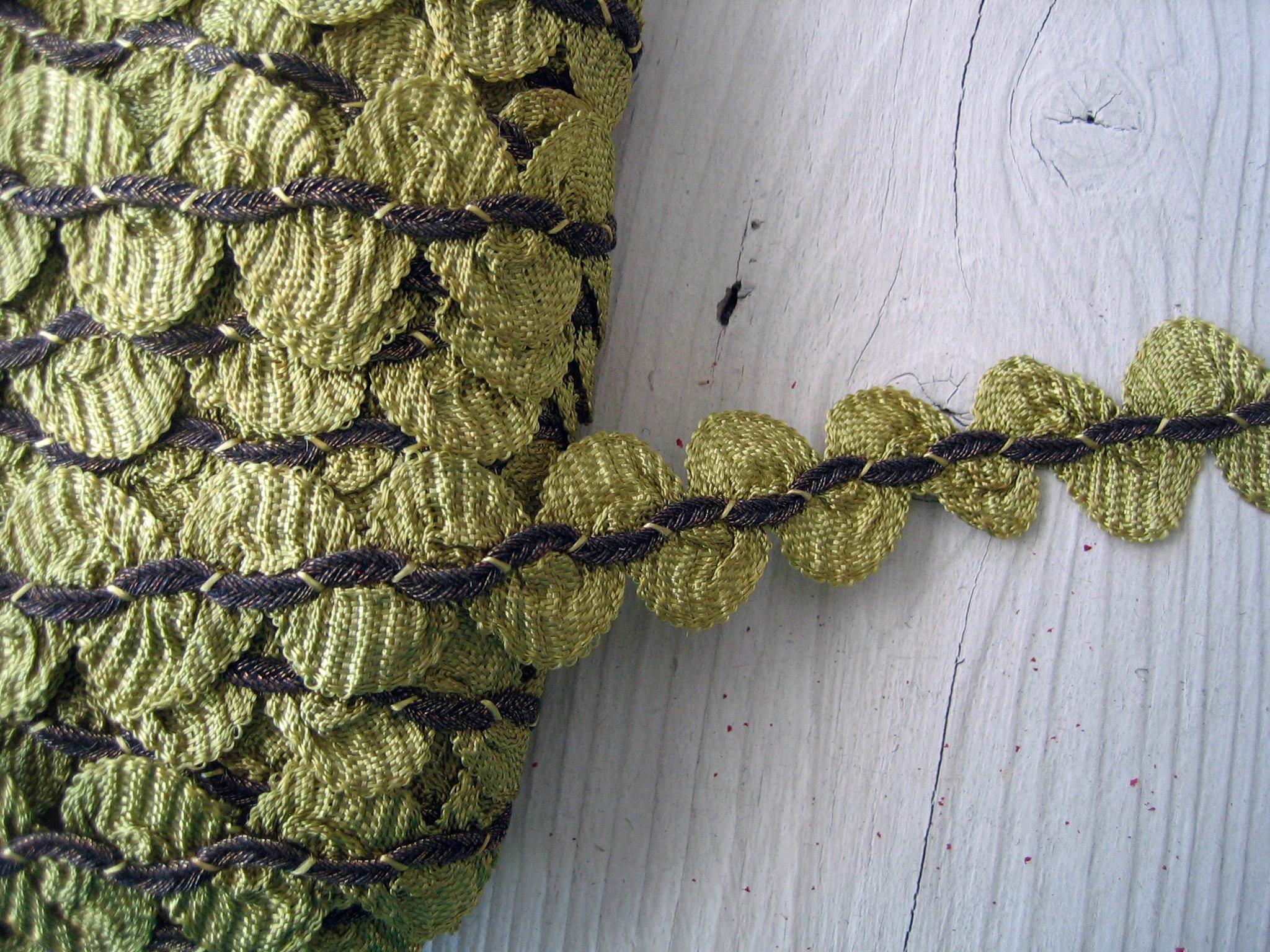 18 pouces Antique Français festonné garniture cordon avec métal Soutache cordon garniture au Centre (Réf: A-4747A boîte 7) fe7a64