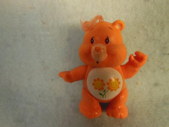 Vintage-Kenner-1983-Hard Rubber Poseable-care Bear-3 Tall-Funshine Bear