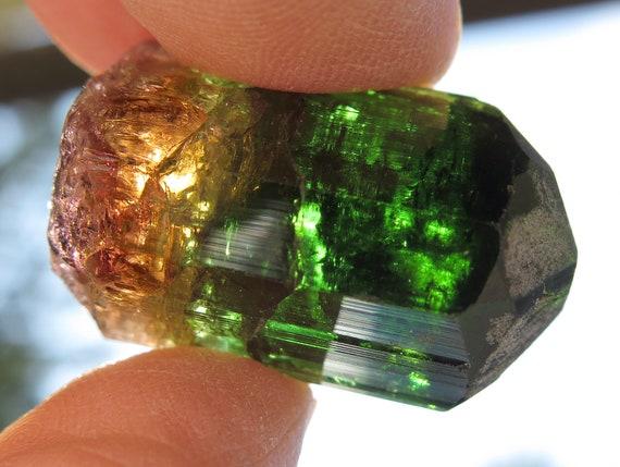 Gem Tourmaline natural crystal 22 grams. Barra De Salina, Brazil. 11 Grams. Terminated