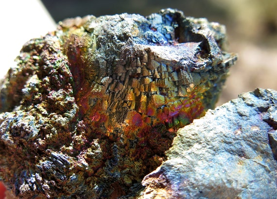 Highly Iridescent Arsenopyrite with Lollingtite and quartz. 100% crystallized. Huanggang Fe-Sn deposit, Chifeng, Inner Mongolia, China