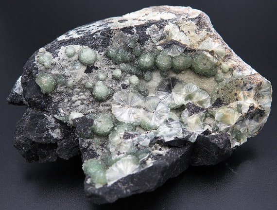 Wavellite, Montgomery Co. Quarry, Mauldin Mt., Arkansas, USA