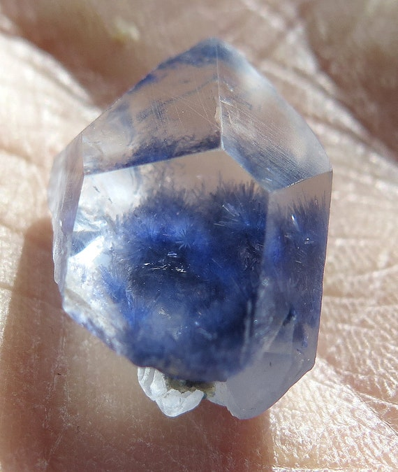 23.5 Carat Acicular Polished Dumortierite Included Quartz crystal. Vaca Morte, Bahia, Brazil.