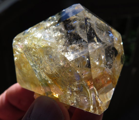 Herkimer Golden Healer Quartz. Ace of Diamonds mine, Middleville New York. All you see is internal. Cluster on bottom. 158 g