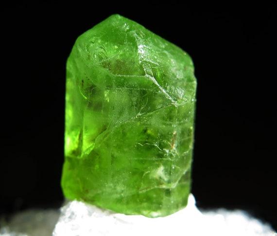 Peridot crystal thumbnail. Sapat Gali, Naran, Kaghan Valley, Manshera Dist., Pakistan