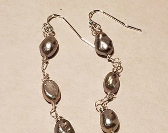 Gray Pearls Dark Blue Teardrop Jade Earrings
