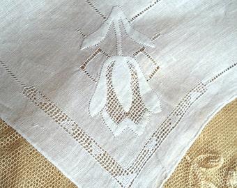 CLEARANCE White Tulip Handkerchief 1950's Vintage Applique Flower Women's Delicate Hankie Accessory Wedding Bridal Borrowed Sewing