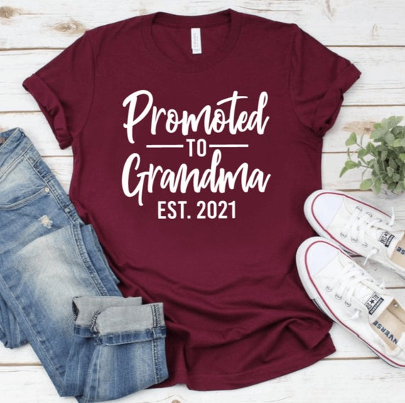 762 Promoted To Auntie 2021 Unisex Men Women TShirt Pregnancy Announcement Gift Aunt Shirt